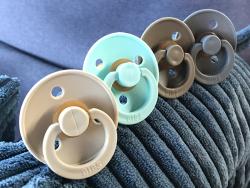 Acheter Tétine bibs - Taille 0-6 mois - Bleu pétrole - 3,99€ en ligne sur La Petite Epicerie - Loisirs créatifs