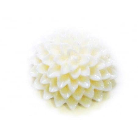 Acheter 1 Cabochon fleur - crème - 0,49€ en ligne sur La Petite Epicerie - Loisirs créatifs