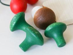 Acheter Petit brocoli - jouet fruit en bois pour dinette - 1,99€ en ligne sur La Petite Epicerie - 100% Loisirs créatifs