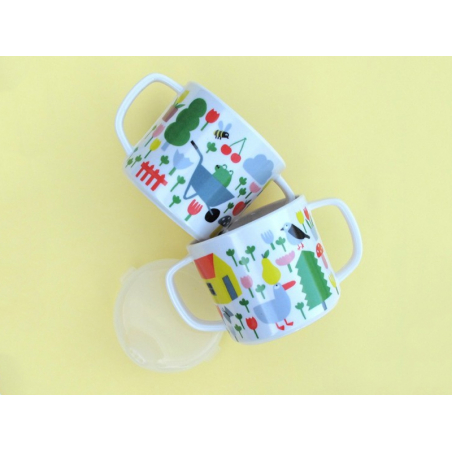 Acheter Tasse deux anses antidérapante avec bec amovible pour bébé - la campagne - 9,90€ en ligne sur La Petite Epicerie - L...