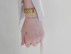 Acheter Tattoos éphémères colombes de paix - 1,99€ en ligne sur La Petite Epicerie - Loisirs créatifs