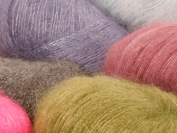 Acheter Laine drops - Kid Silk - 14 rouge - 4,50€ en ligne sur La Petite Epicerie - Loisirs créatifs