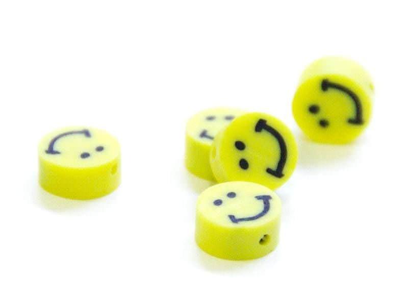 20 smiley beads