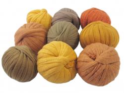 Acheter 9 mini boules de fil trapilho - dégradé de jaune - 8,49€ en ligne sur La Petite Epicerie - 100% Loisirs créatifs