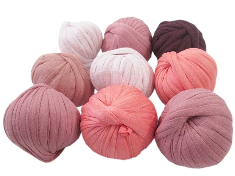 Acheter 9 mini boules de fil trapilho - dégradé de rose - 8,49€ en ligne sur La Petite Epicerie - Loisirs créatifs