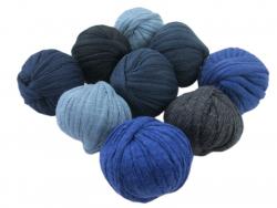Acheter 9 mini boules de fil trapilho - dégradé de bleu - 8,49€ en ligne sur La Petite Epicerie - 100% Loisirs créatifs