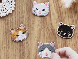 Acheter Patch thermocollant - Petit chat noir - 2,99€ en ligne sur La Petite Epicerie - Loisirs créatifs