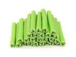 Cane sourire kawaï vert- en pâte polymère pour le modelage