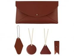 Acheter Kit de maroquinerie - rouge Bourgogne - 9,99€ en ligne sur La Petite Epicerie - Loisirs créatifs