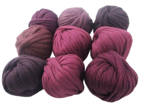 Acheter 9 mini boules de fil trapilho - dégradé de violet - 8,49€ en ligne sur La Petite Epicerie - Loisirs créatifs