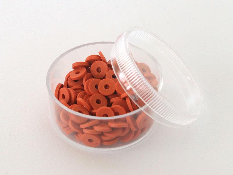 Acheter Boite de perles rondelles heishi 6 mm - terracotta - 1,99€ en ligne sur La Petite Epicerie - Loisirs créatifs