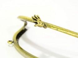 Big bronze-coloured snap clasp