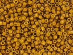 Acheter Miyuki Delicas 11/0 - Duracoat opaque dyed toast DB-2110 - 2,79€ en ligne sur La Petite Epicerie - Loisirs créatifs