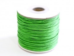 1 m of waxed cotton thread - grass green