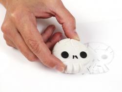 Acheter Kit création gomme Patagom - Tete de mort - 9,99€ en ligne sur La Petite Epicerie - Loisirs créatifs