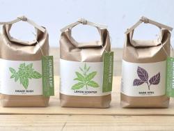 """Acheter Kit """"Cultivez et mangez"""" - basilic citron - Petit sac japonais pour faire pousser une plante - 9,99€ en ligne sur La..."""