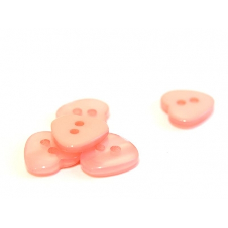 Plastic button - Pearlescent peachy pink heart (12 mm x 11 mm)