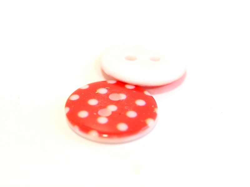 Round plastic button (18 mm) - red with white polka dots
