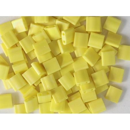 Acheter Perles Tila Bead 5 mm - Matte Op Yellow TL404FR - 3,29€ en ligne sur La Petite Epicerie - Loisirs créatifs