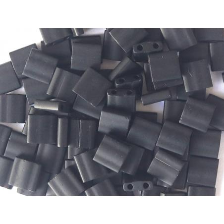 Acheter Perles Tila Bead 5mm Matte Black TL0401F - 2,99€ en ligne sur La Petite Epicerie - Loisirs créatifs