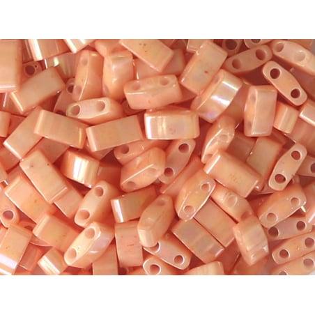 Acheter Perles Half tila 2,3 mm - Semi-Matte Opaque Salmon TLH596 - 3,59€ en ligne sur La Petite Epicerie - Loisirs créatifs