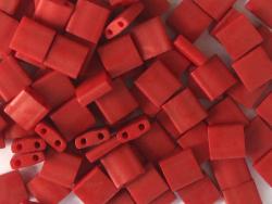 Acheter Perles Tila Bead 5mm - Matte Dark Maroon TL2040 - 3,69€ en ligne sur La Petite Epicerie - Loisirs créatifs