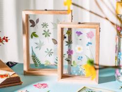 Acheter Cadre flottant petites fleurs - 11,5 x 16,5 cm - 12,99€ en ligne sur La Petite Epicerie - Loisirs créatifs