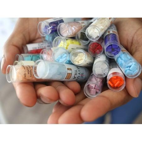 Acheter Perles Quarter Tila - Pearl White Opaque QTL471 - 3,49€ en ligne sur La Petite Epicerie - Loisirs créatifs