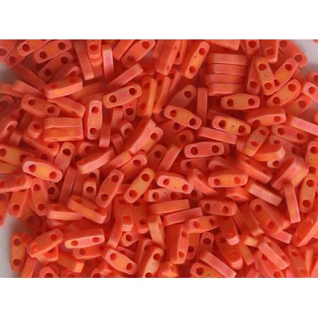 Acheter Perles Quarter Tila - Matte Opaque Orange QTL406 - 3,49€ en ligne sur La Petite Epicerie - Loisirs créatifs