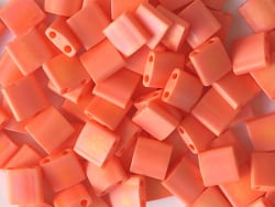 Acheter Perles Tila Bead 5mm - Matte Opaque Orange AB TL406FR - 3,29€ en ligne sur La Petite Epicerie - Loisirs créatifs