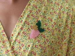 Acheter Kit broche fruit - Fraise - 9,99€ en ligne sur La Petite Epicerie - Loisirs créatifs