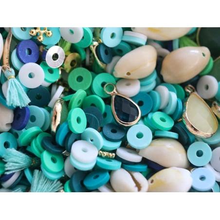 Acheter Mélange de perles heishi et de breloques - Bali - 6,99€ en ligne sur La Petite Epicerie - Loisirs créatifs
