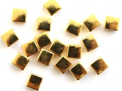 Acheter Lot de 10 perles tuiles carrées en métal de 7x7 mm - Doré - 3,99€ en ligne sur La Petite Epicerie - Loisirs créatifs