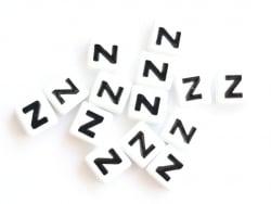Acheter 1 perle tuile carrée en métal de 7x7 mm - Lettre Z - 0,69€ en ligne sur La Petite Epicerie - Loisirs créatifs