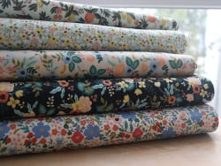 Acheter Tissu coton Rifle Paper - Rosa Cream - 2,09€ en ligne sur La Petite Epicerie - Loisirs créatifs