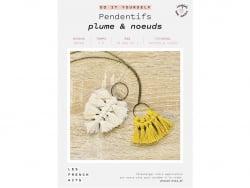 Acheter Kit pendentifs - Plumes et noeuds - Les French Kits - 13,99€ en ligne sur La Petite Epicerie - Loisirs créatifs