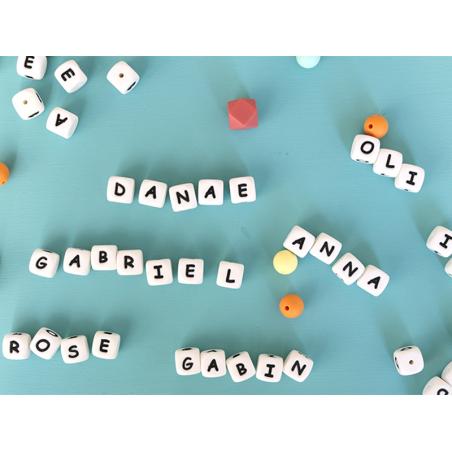 Acheter 1 perle carré 12 mm en silicone - Lettre X - 0,99€ en ligne sur La Petite Epicerie - Loisirs créatifs