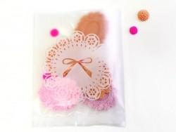 1 gift bag - white ribbons