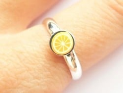 Acheter Support de bague - couleur argent clair - demi jonc - 1,39€ en ligne sur La Petite Epicerie - 100% Loisirs créatifs
