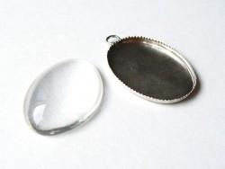 Glascabochon mit silberfarbenem, ovalen Anhänger - zur individuellen Gestaltung