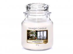 Acheter Bougie Yankee Candle - Surprise Snowfall / Première Neige - Moyenne Jarre - 24,89€ en ligne sur La Petite Epicerie -...