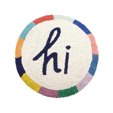 """Acheter Coussin punch needle """"Hi"""" rond - 40,6 cm - 39,99€ en ligne sur La Petite Epicerie - Loisirs créatifs"""