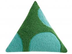 """Acheter Coussin punch needle """"Géométries - couleurs froides"""" triangle - 45,7 x 45,7 x 45,7 cm - 39,99€ en ligne sur La Petit..."""