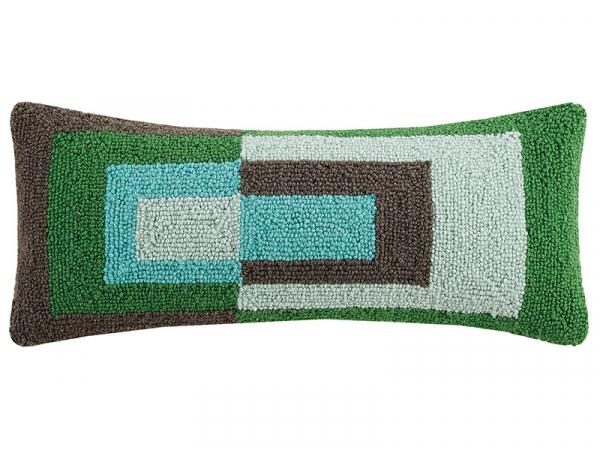 """Acheter Coussin punch needle """"Géométries - couleurs froides"""" rectangle - 22,8 x 55,8 cm - 35,99€ en ligne sur La Petite Epic..."""