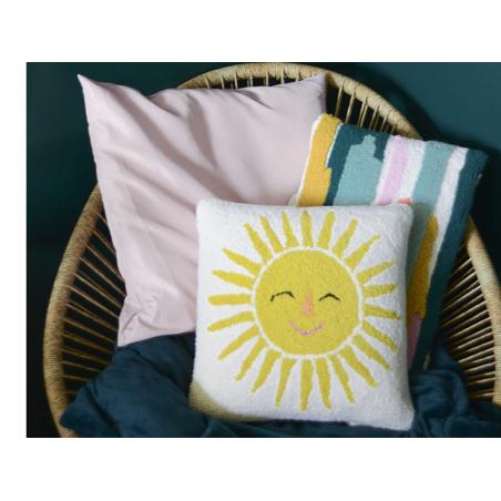 """Acheter Coussin punch needle """"Lever du soleil"""" - 40,6 x 40,6 cm - 39,99€ en ligne sur La Petite Epicerie - Loisirs créatifs"""