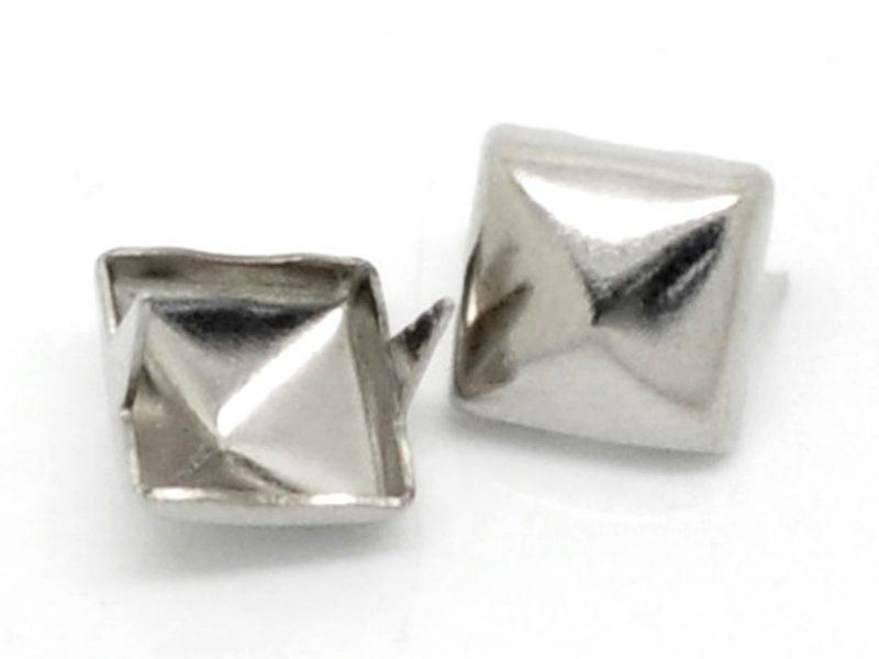 10 studs - dark silver-coloured