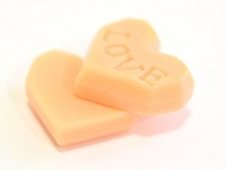 Pink, heart-shaped biscuit cabochon