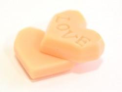 Rosafarbener Kekscabochon in Herzform