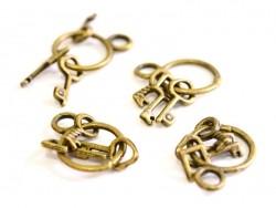 Acheter 1 Breloque trousseau 3 clés - couleur bronze - 1,19€ en ligne sur La Petite Epicerie - Loisirs créatifs