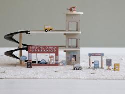 Acheter Garage Circuit train - Little Dutch - 59,99€ en ligne sur La Petite Epicerie - Loisirs créatifs